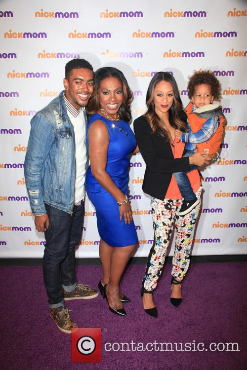 Etienne Maurice, Sheryl Lee Ralph, Tia Mowry-hardrict and Cree Taylor Hardrict