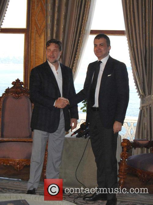 Russell Crowe and Omer Celik