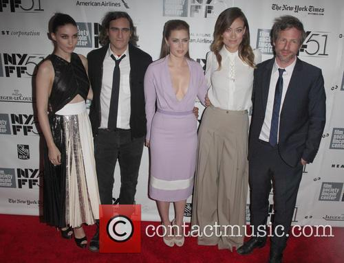 Rooney Mara, Joaquin Phoenix, Amy Adams, Olivia Wilde and Spike Jonze 5