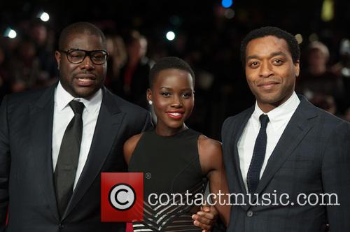 Steve Mcqueen, Lupita Nyong'o and Chiwetel Ejiofor 8
