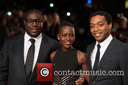 Steve Mcqueen, Lupita Nyong'o and Chiwetel Ejiofor 10