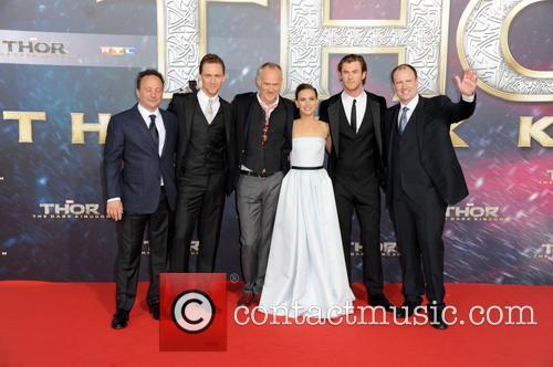 Chris Hemsworth, Tom Hiddleston, Alan Taylor, Natalie Portman, Louis D Esposito and Kevin Feige 1