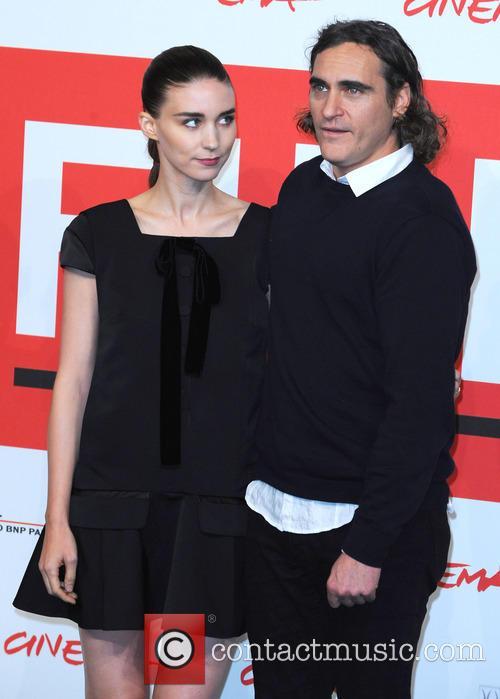 Rooney Mara and Joaquin Phoenix 7