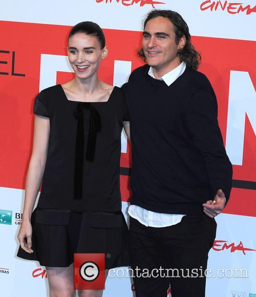 Rooney Mara and Joaquin Phoenix 9
