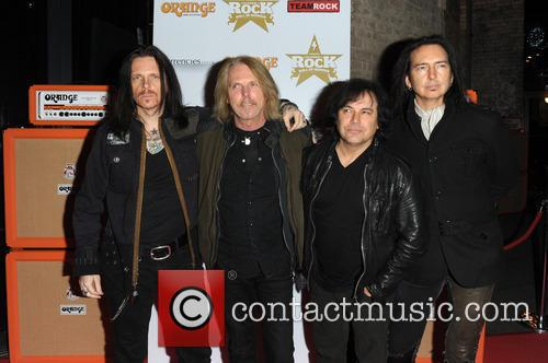 Black Star Riders 8