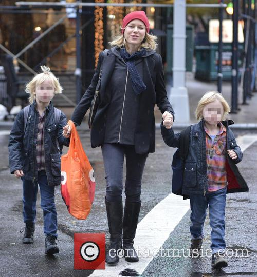 Naomi Watts, Samuel Schriber and Sasha Schriber 6