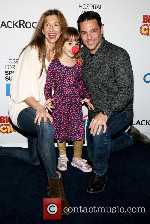 Alysia Reiner, Livia and David Alan Basche 3