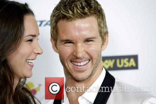 Sara Canning and Ryan Kwanten 3