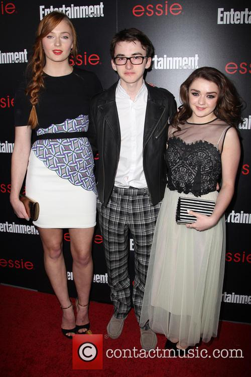 Sophie Turner, Isaac Hempstead-wright and Maisie Williams 7