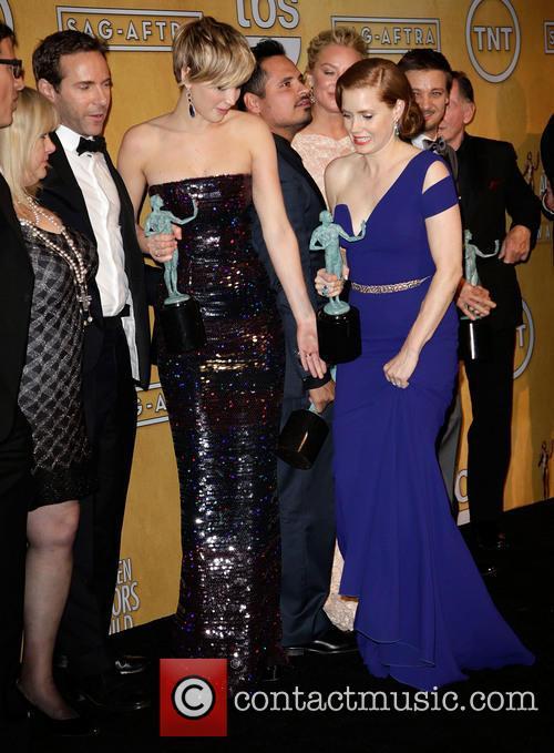 Colleen Camp, Alessandro Nivola, Jennifer Lawrence, Michael Pena, Elisabeth Röhm, Amy Adams, Jeremy Renner and Robert De Niro