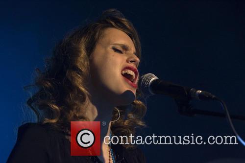 Anna Calvi 7