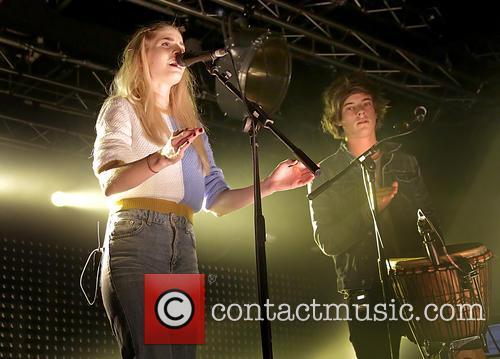 London Grammar, Hannah Reid and Dominic 'dot' Major 8