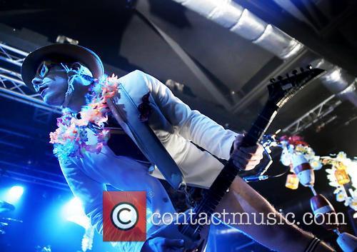 Limp Bizkit and Wes Borland 7