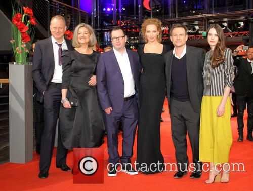 Stellan Skarsgard, Bente Fröge, Lars Von Trier, Uma Thurman, Christian Slater and Stacy Martin 4