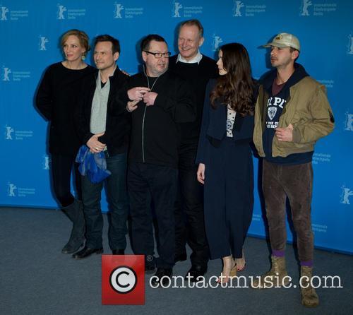 Lars Von Trier, Uma Thurman, Stacey Martin, Stellan Skarsgard, Christian Slater and Shia Labeouf 7