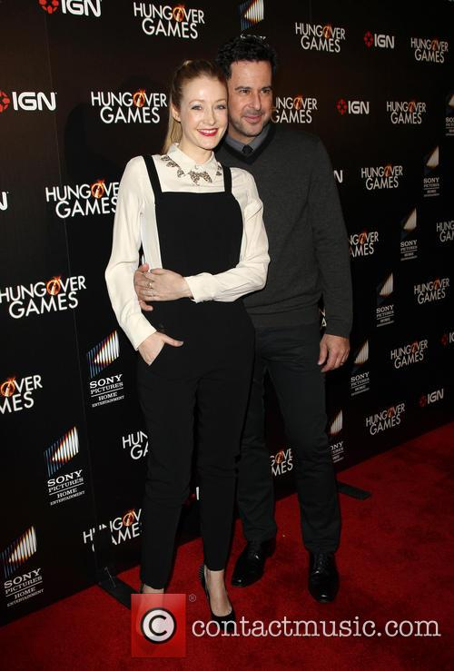 Jennifer Finnigan and Jonathan Silverman