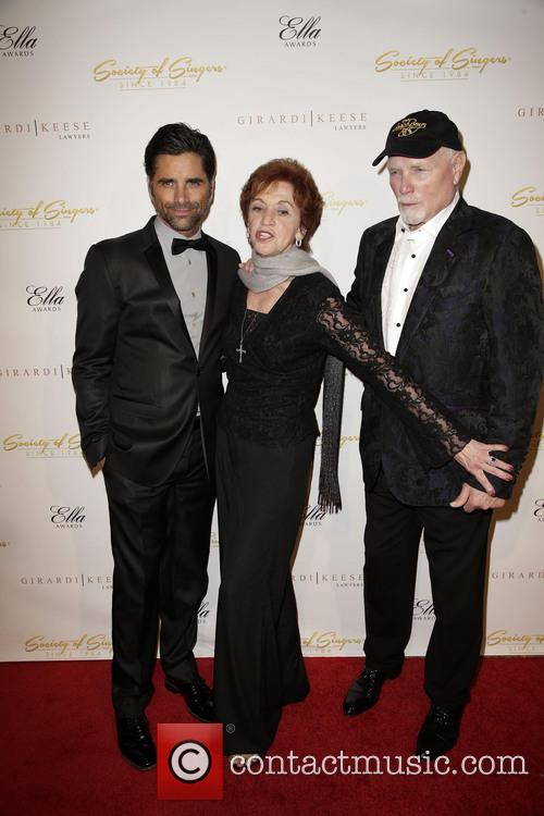 John Stamos, Loretta Stamos and Mike Love