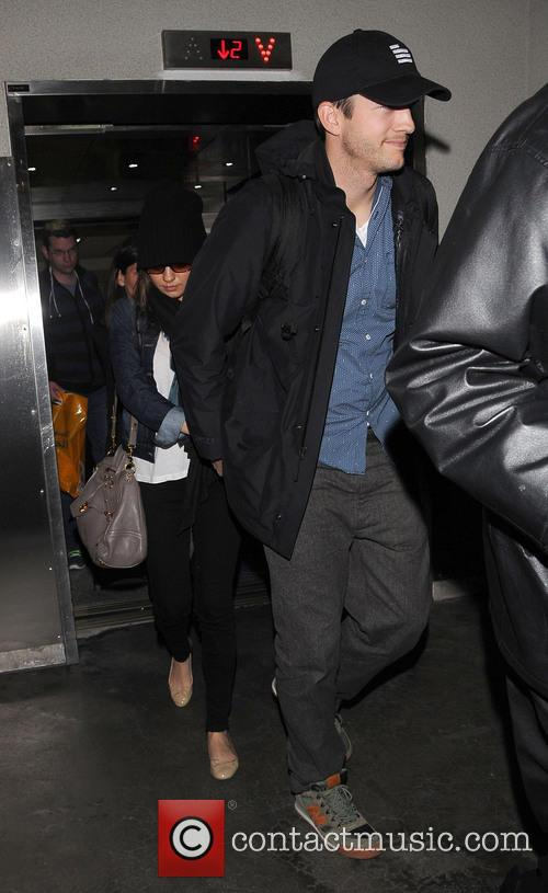 Ashton Kutcher and Mila Kunis 11