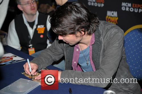 Andrew Lee Potts 9