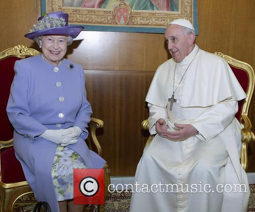 Queen Elizabeth Ii and Pope Francis 1