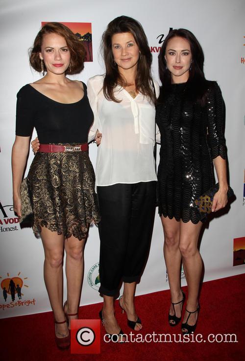 Daphne Zuniga, Bethany Joy Lenz and Lindsey Mckeon 9