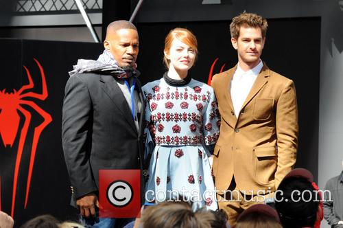 Jamie Foxx, Andrew Garfield and Emma Stone 10