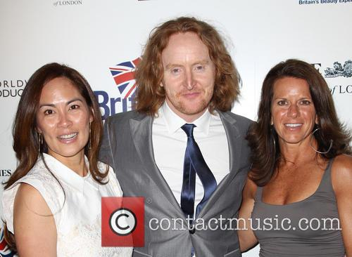 Tony Curran, Mai Nguyen and His Mother 5
