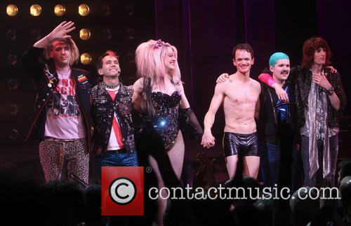 Justin Craig, Tim Mislock, Lena Hall, Neil Patrick Harris, Matt Duncan and Peter Yanowitz 1