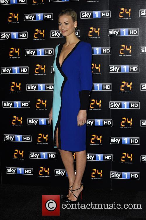 Yvonne Strahovski 5