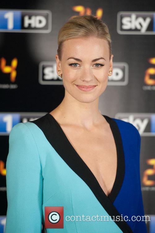 Yvonne Strahovski 8