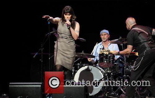 Beth Hart and Chad Smith 11