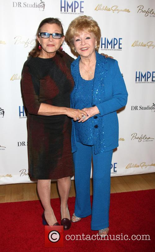 Carrie Fisher and Debbie Reynolds 7