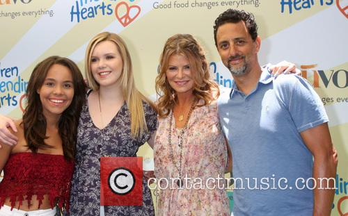 Grant Heslov, Lysa Heslov and Daughters