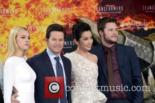 Nicole Peltz, Mark Wahlberg, Bingbing Li and Jack Reynor