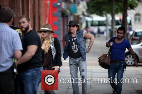 Orianthi Panagaris and Richie Sambora