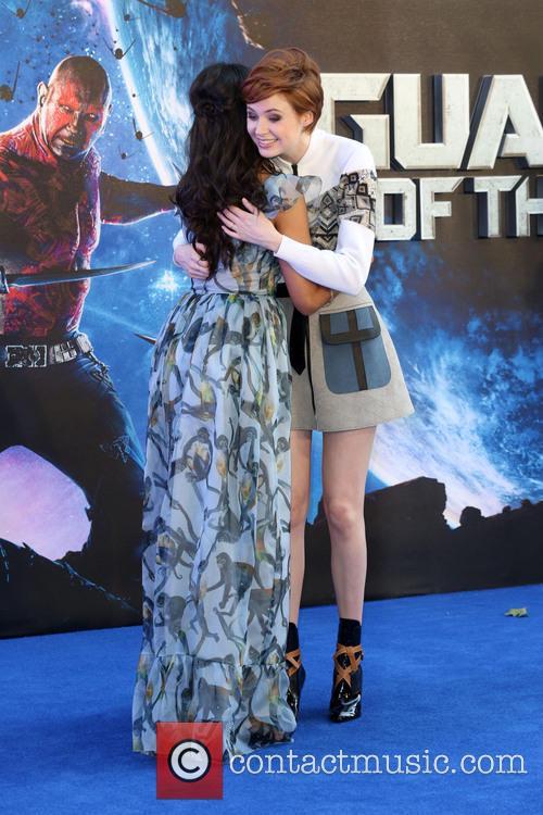 Zoe Saldana and Karen Gillan 5