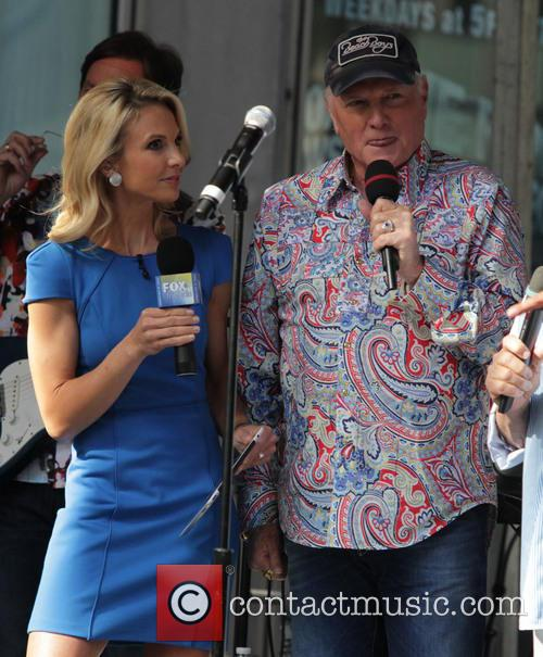 The Beach Boys and Elizabeth Hasselback 4