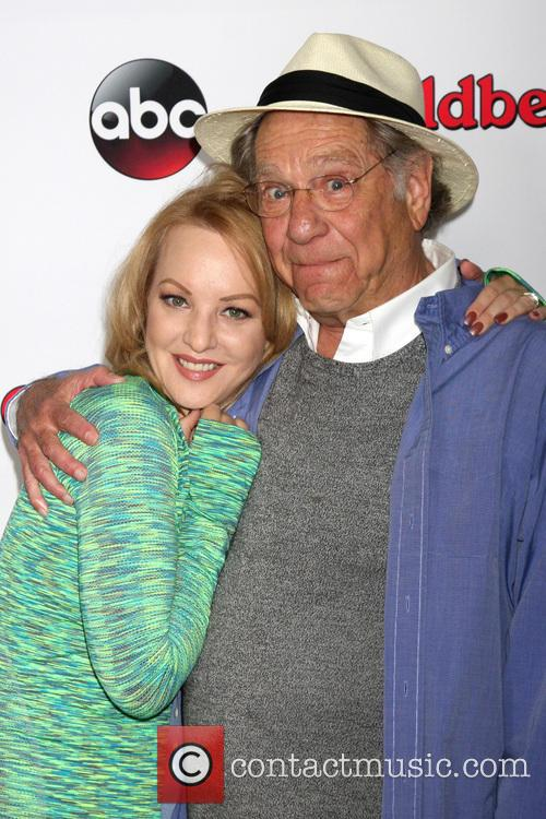 Wendi Mclendon-covey and George Segal 2