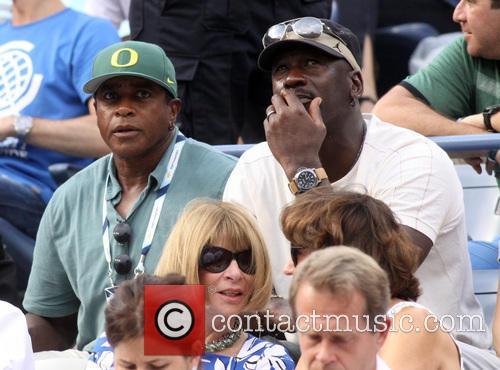 Ahmad Rashad, Michael Jordan and Anna Wintour 1