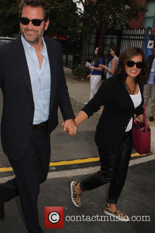 Mariska Hargitay and Peter Hermann 8