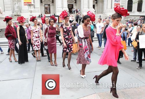 Eva Mendes and Models 5