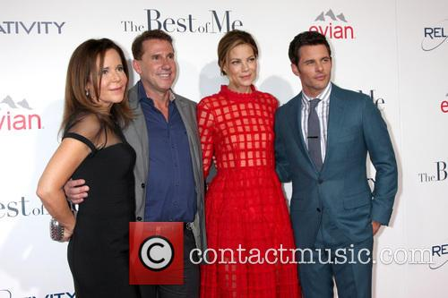 Michelle Monaghan, James Marsden, Nicholas Sparks and Denise Di Novi