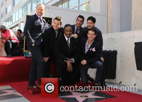 Donnie Wahlberg, Joey Mcintyre, Maurice Starr, Danny Wood, Jonathan Knight and Jordan Knight