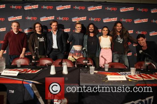 Black Sails Casts From L To R, Jon Steinberg, Robert Levine, Toby Stephens, Hannah New, Luke Arnold, Jessica Parker Kennedy, Zach Mcgowan and Toby Schmitz