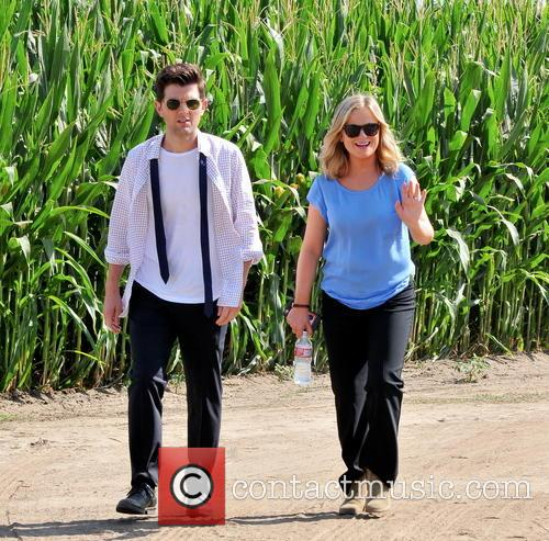 Amy Poehler and Adam Scott 5