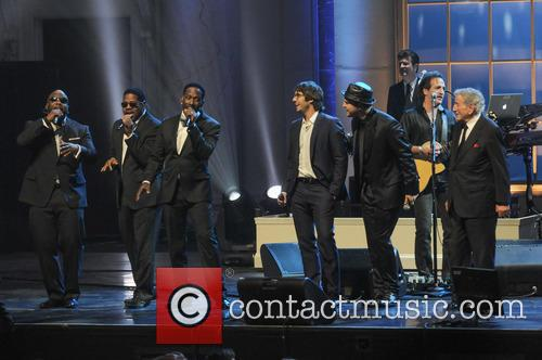 Boyz Ii Men, Josh Groban, Gavin Degraw and Tony Bennett 8