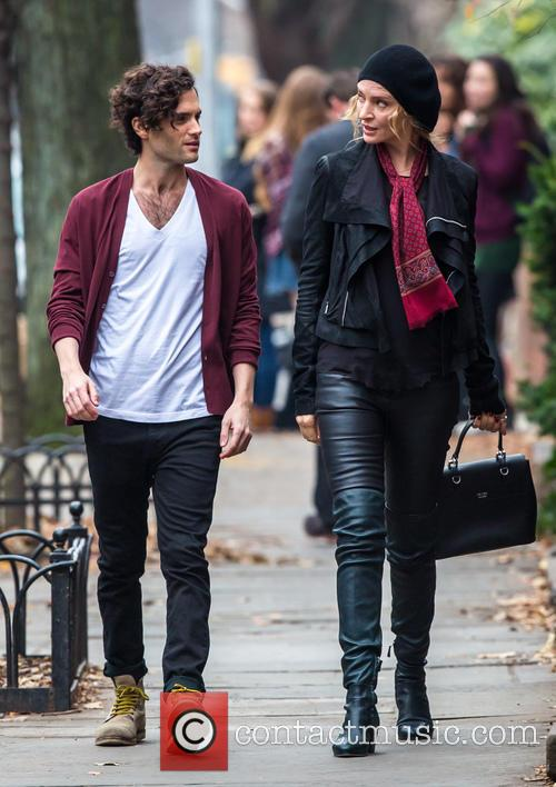 Uma Thurman and Penn Badgley 6