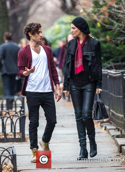 Uma Thurman and Penn Badgley 10