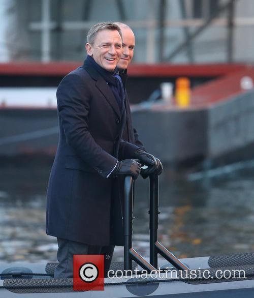 Daniel Craig and Rory Kinnear 3