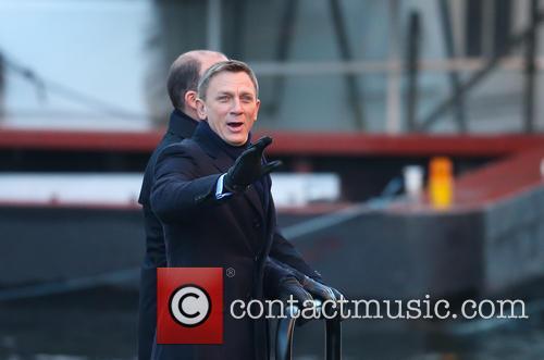 Daniel Craig and Rory Kinnear 7